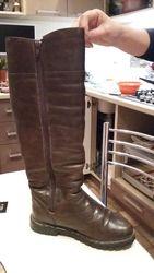 Продам натуральные кожаные сапоги