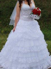 Продам красивое свадебное платье.Торг