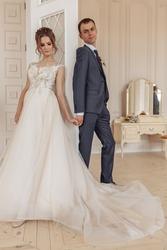 Продам свадебное платье коллекции 2018 года